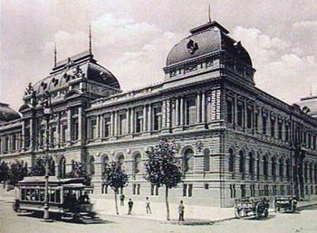 Sede principal de la UdelaR, levantada en 1911.
