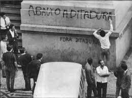 abaixo à ditadura